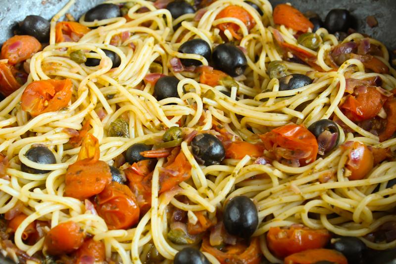Spaghetti Puttanesca Close-Up