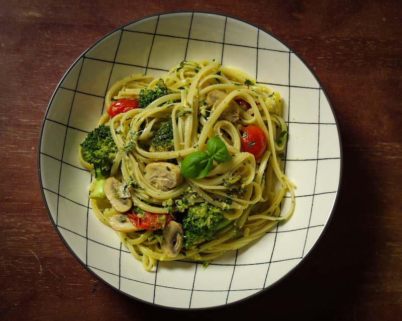 Vegan Pesto Linguine