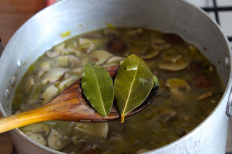Removing Bay Leaves from Soup