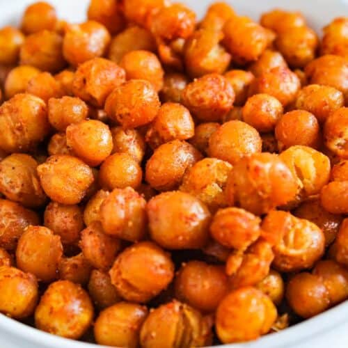 Roasted Chickpeas Close-Up