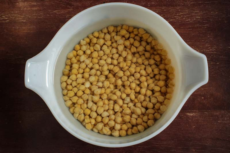 Dried Chickpeas Soaking