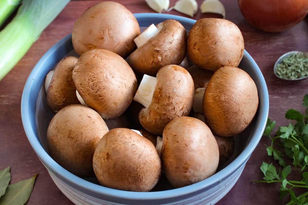 Fresh Cremini Mushrooms