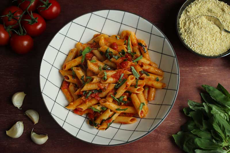 Easy Tomato Pasta with Ingredients