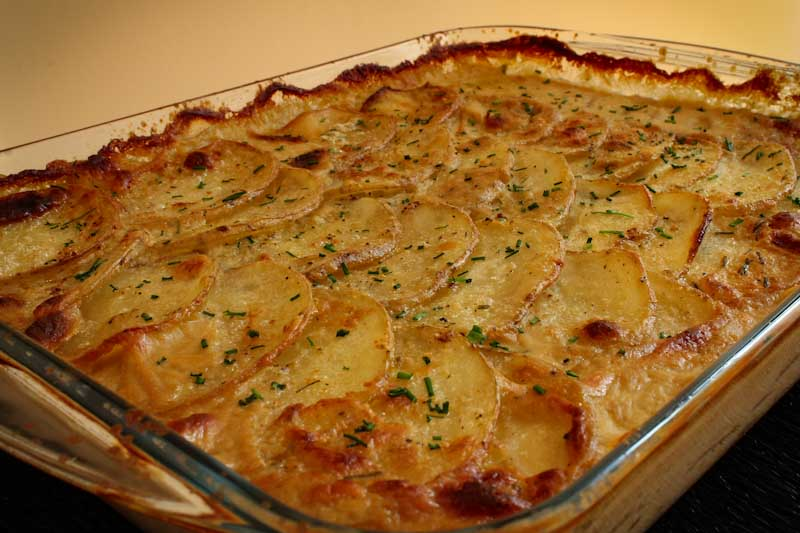 Baked Vegan Scalloped Potato Gratin