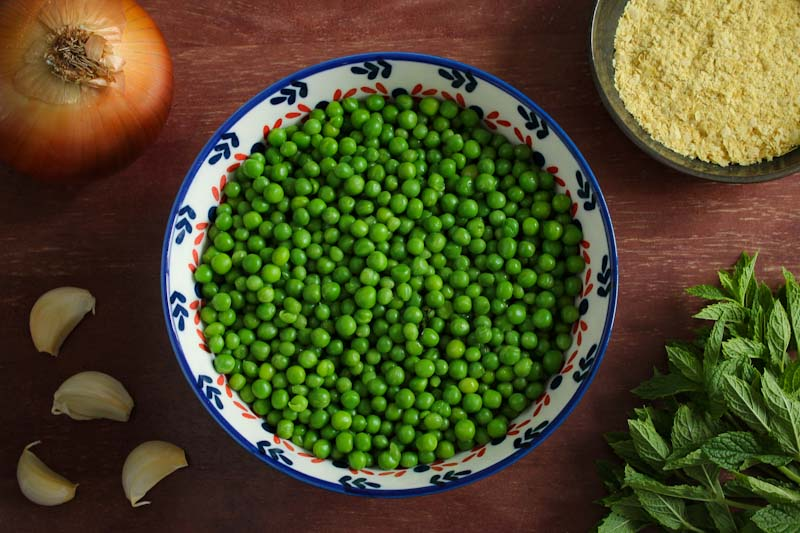 Easy Vegan Pea and Mint Soup Ingredients