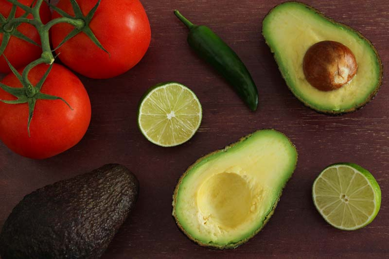 Easy Guacamole with Chunky Tomatoes Ingredients