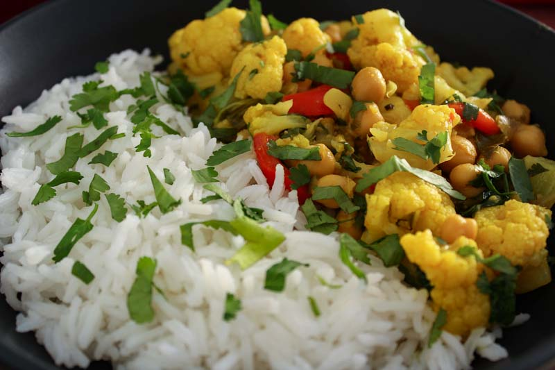 Easy Chickpea Cauliflower Curry Close-Up