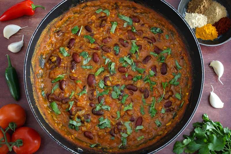 Vegan Kidney Bean Curry in Pan