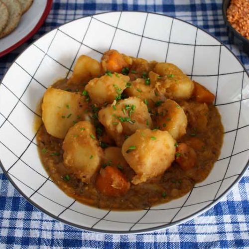 Vegan Stovies in Bowl with Scottish Oatcakes