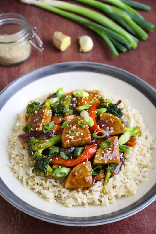 Teriyaki Tempeh and Vegetables on Rice