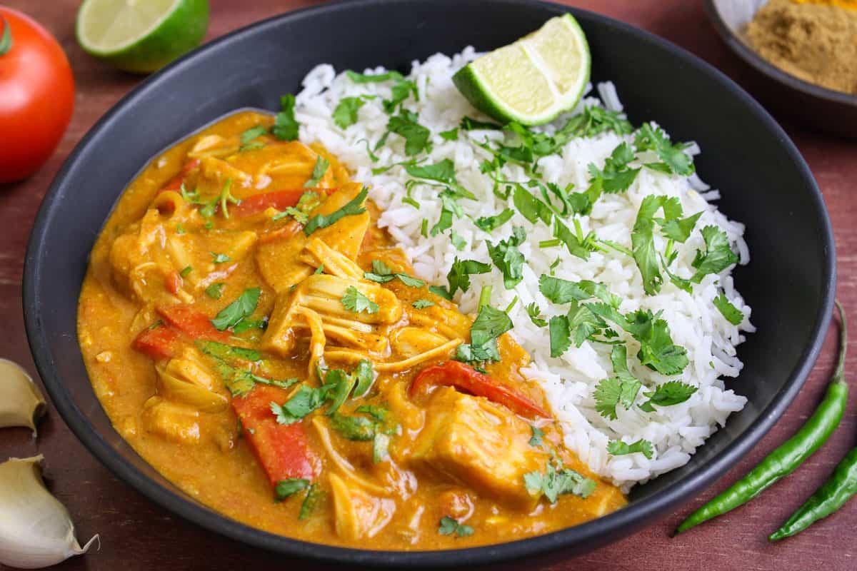 Vegan Jackfruit Curry and Rice Bowl