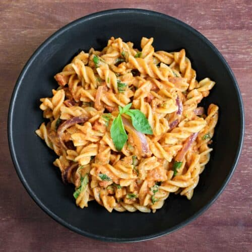 Tomato Tahini Pasta Feature