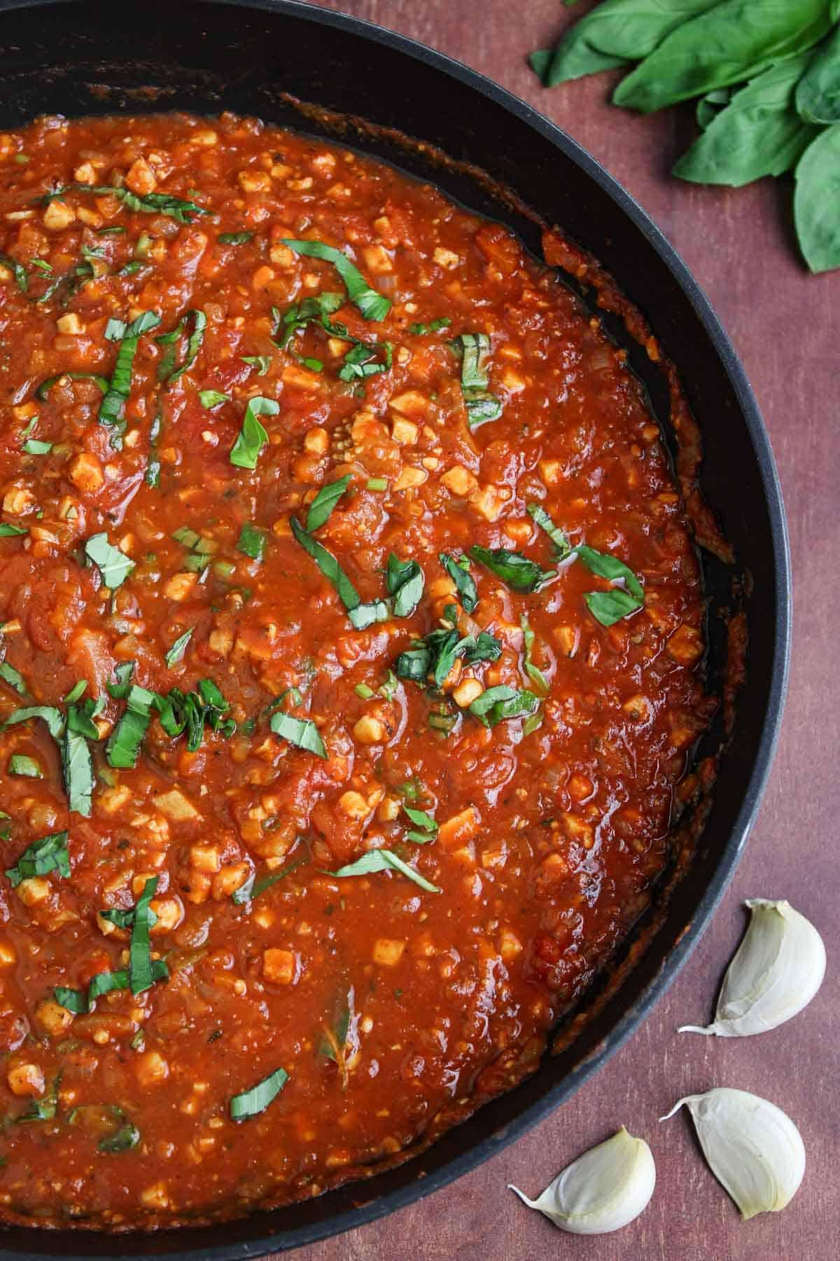 Vegan Bolognese in Pan with Basil and Garlic